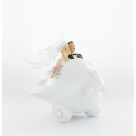 Figurine mariés dans avion