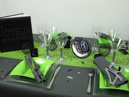 decoration table anniversaire 40 ans. Black Bedroom Furniture Sets. Home Design Ideas