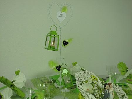 Inspiration déco pour une table de mariage en vert et blanc