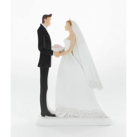 Couple mariés face à face